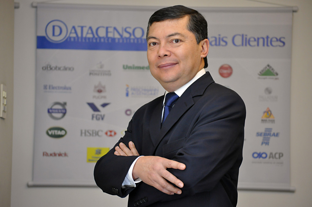 Claudio Shimoyama Diretor Executivo Datacenso